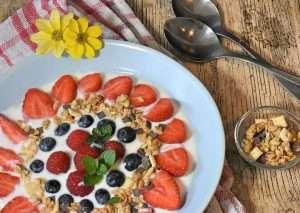 Low fat yogurt - 20 Ultimate Dieting Secrets